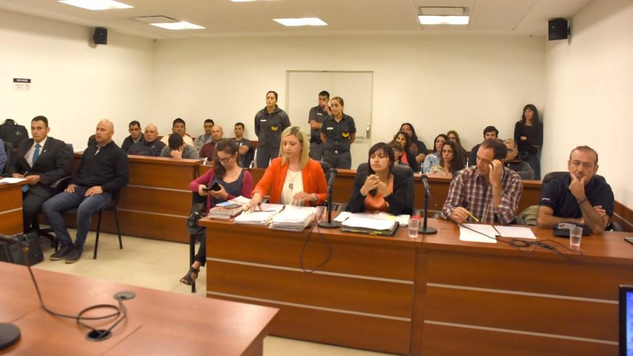 Esta mañana la fiscalía solicitó junto a la querella, la elevación a juicio. (Foto: Juan Thomes.-)