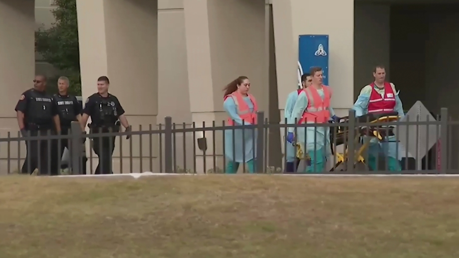 El tiroteo tuvo lugar en la base naval de Pensacola, Florida. El tirador fue abatido. (Foto: AP)