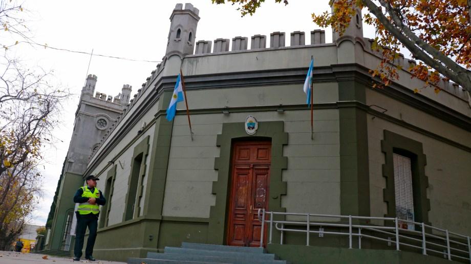 El nuevo gabinete de Gutiérrez asumirá hoy, a las 20.30, en la Casa de Gobierno. (Gentileza).-