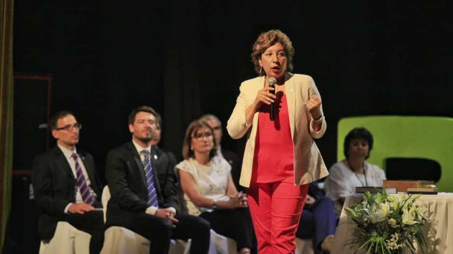 Su discurso en el Centro Municipal de Cultura de Viedma duró unos 10 minutos. Foto: Marcelo Ochoa.