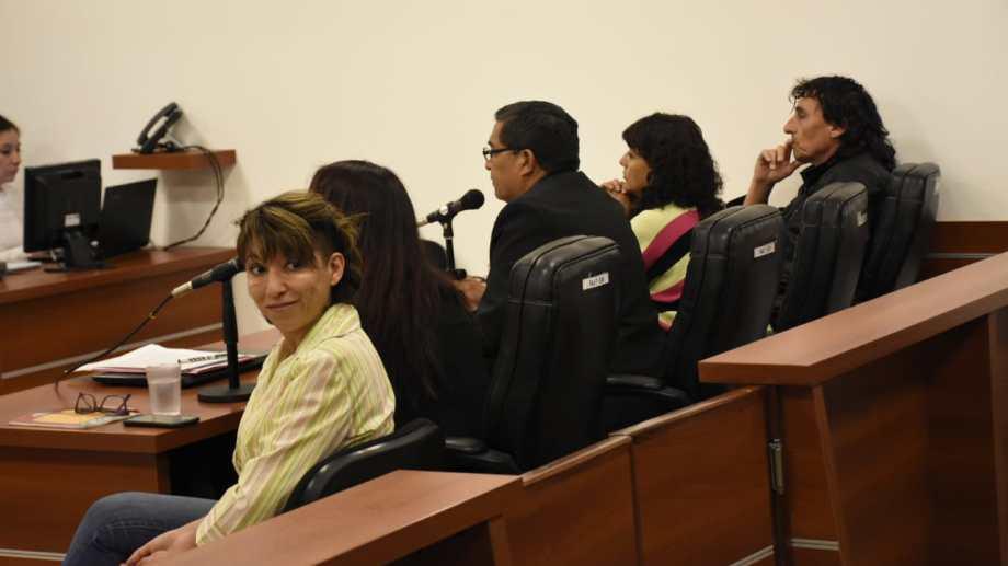 Patricia Jure y los otros dos imputados por la suspensión de la sesión del Deliberante fueron sobreseídos esta mañana. (Florencia Salto).-