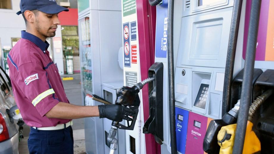 Hubo meses del año que el descenso en las ventas de combustibles de mayor octanaje fue superior al 25%.
