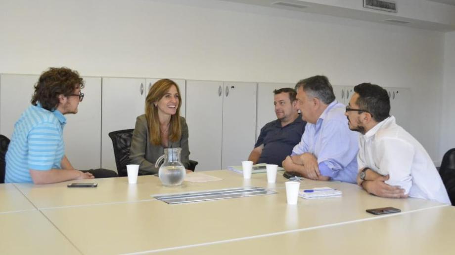 Gennuso se reunió con Victoria Tolosa Paz, referente del nucleo cercano del futuro presidente Alberto Fernández.