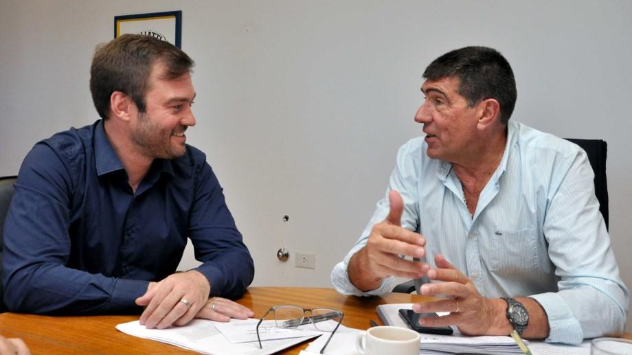 Claudio Di Tella recibió a Mariano Lavin, en la primera reunión con otro mandatario de la región. Foto: Gentileza