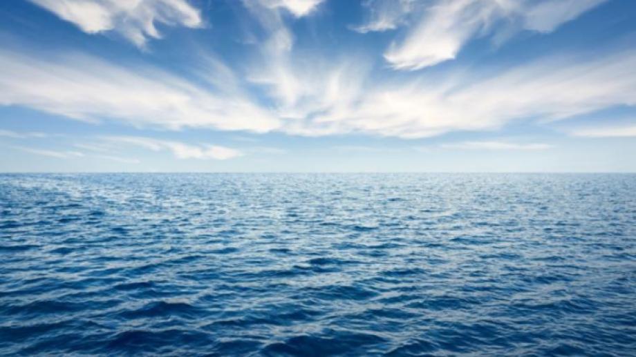 Con la iniciativa Escuelas Azules, buscan que los alumnos profundicen en problemas como los plásticos que afectan al mar