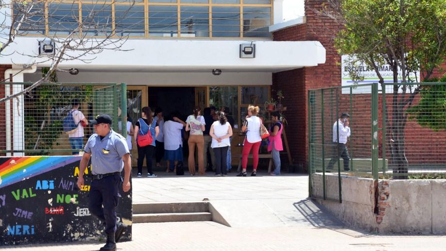Las clases fueron suspendidas en turno tarde. Foto: Marcelo Ochoa.