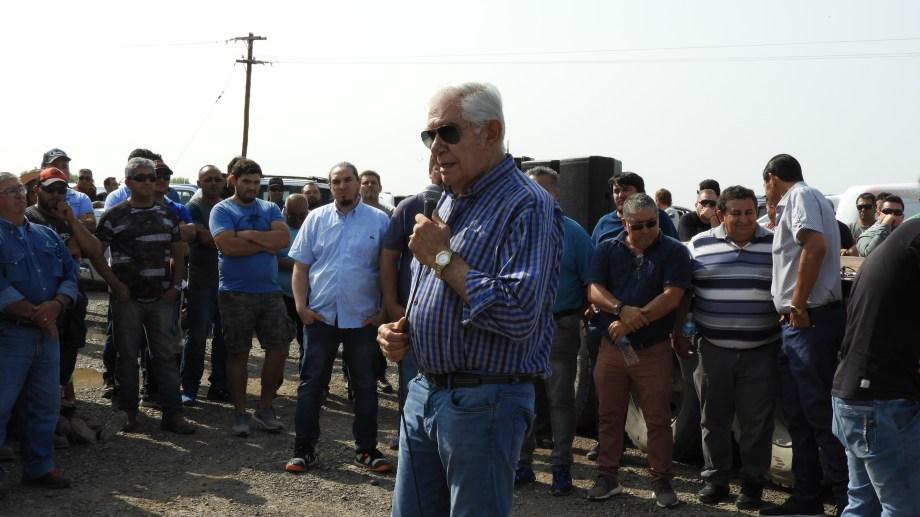 El sindicato de Petroleros Privados levantó el paro tras el compromiso de YPF de reactivar equipos en Vaca Muerta a partir de la semana que viene.