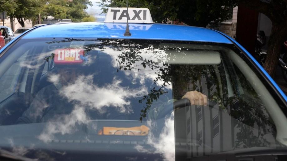 La víctima del siniestro vial era taxista del turno noche. Imagen ilustrativa