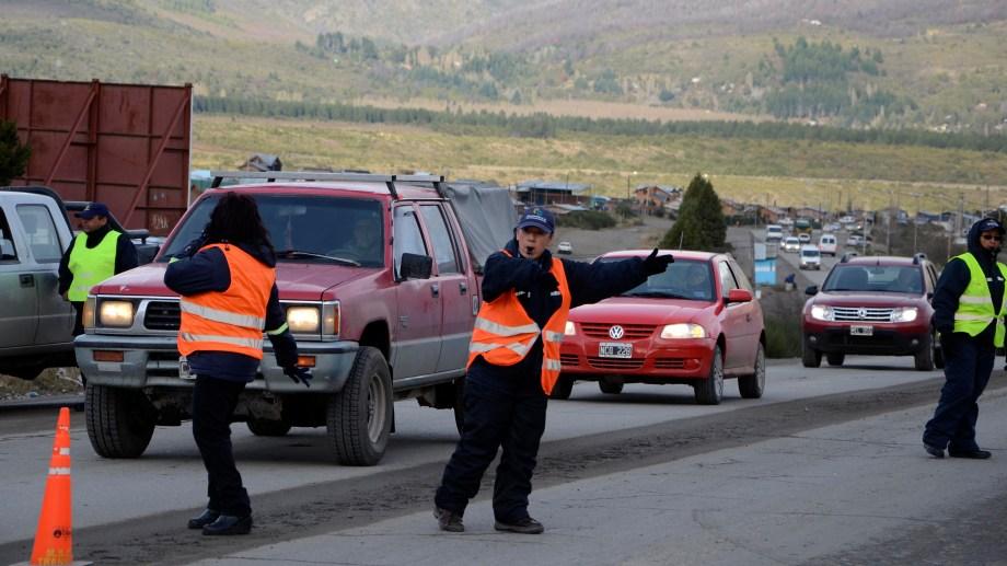 Un inspector de tránsito municipal de Bariloche sufrió lesiones graves en un control. Imagen ilustrativa