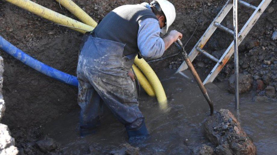 Personal del EPAS realiz las pertinentes reparaciones. Foto: Twitter @epasprensa