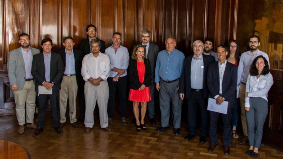 El encuentro sobre el mercado el gas y la energía se dio a tres días de la interrupción de las exportaciones por la ola de calor.