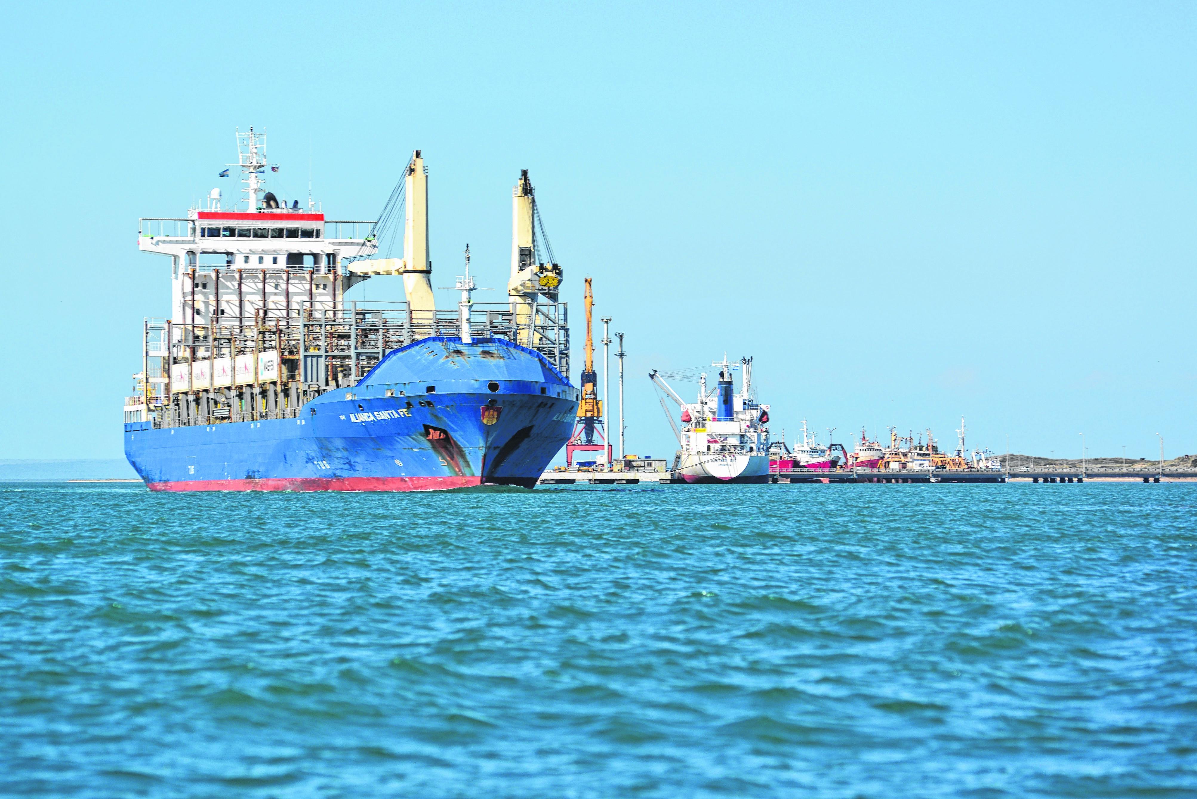 El puerto de San Antonio Este arranca en febrero con la fruta