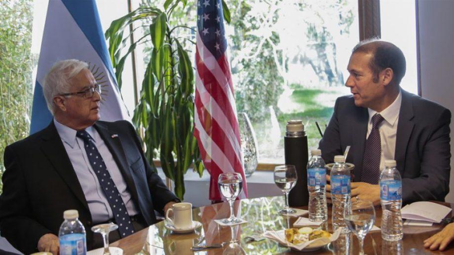 El embajador estuvo en la zona en septiembre del año pasado cuando también tuvo encuentros vinculados con Vaca Muerta.