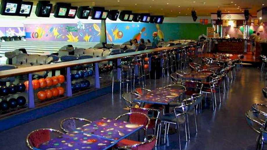 El Dragon Bowling tenía contrato con la firma Village Cines. (Foto: Gentileza.-)
