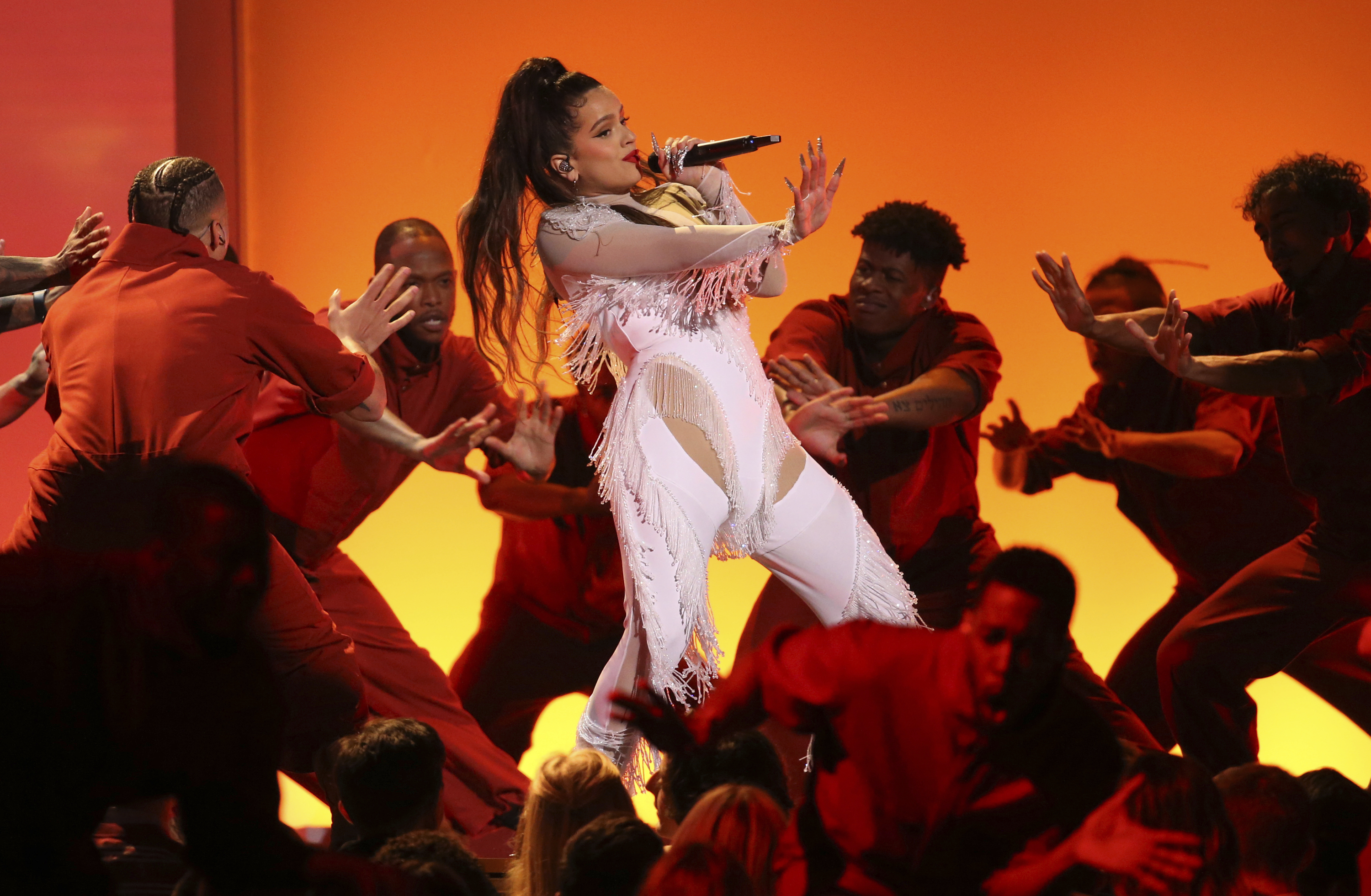 Rosalia7649375 - Billie Eilish arrasó en los Grammy