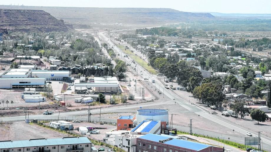 El sismo se sintió ayer, al noroeste de Añelo. Foto: Juan Thomes.
