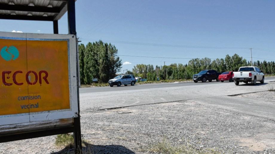 Los vecinos de Ecor reclamaron mejorar el ingreso al barrio.