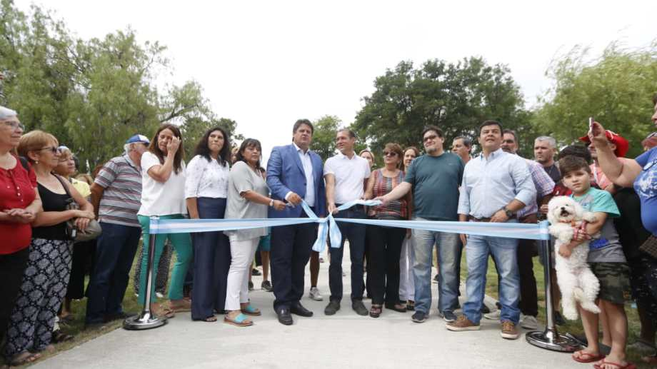 Esta mañana inauguraron las obras de refacción del balneario Albino Cotro. (Foto: Juan Thomes.-)