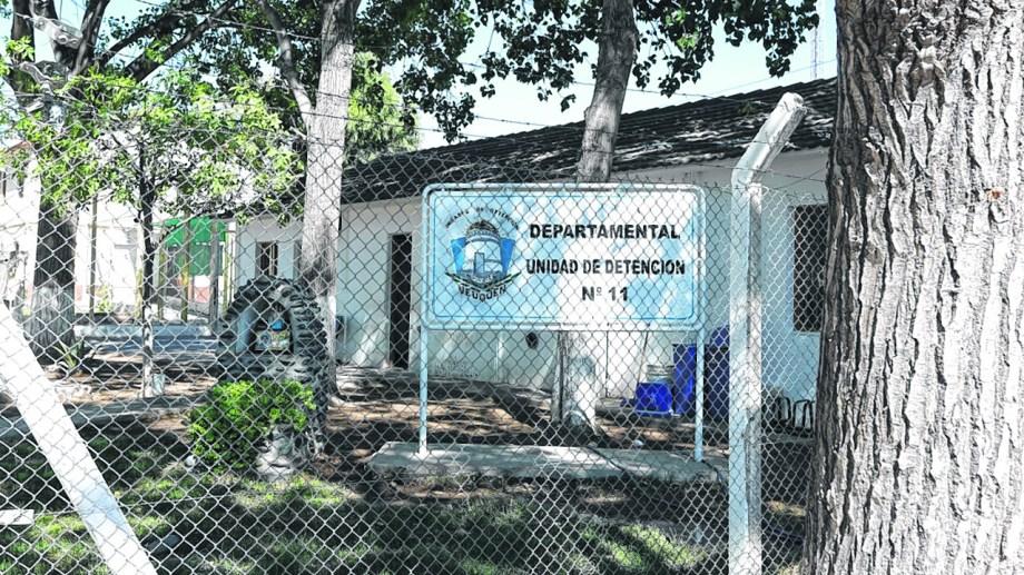30 agentes de la U11 están aislados, a la espera de sus resultados. (Foto Archivo: Juan Thomes)