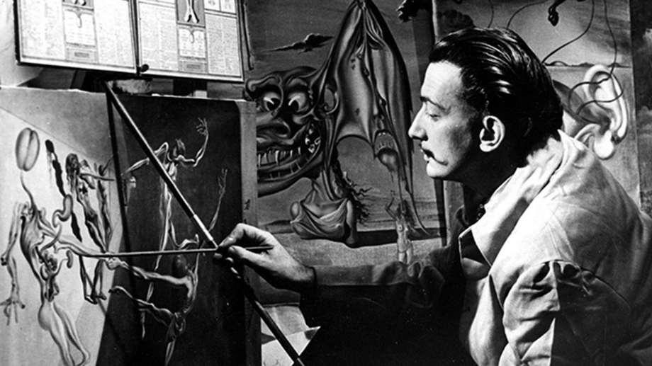 Dalí, en su legendaria casa taller Portlligat. Foto: Télam/ef