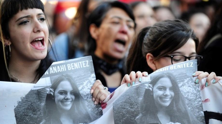 Tras el femicidio de la joven, se organizaron numerosas marchas para pedir justicia. Foto: archivo.-