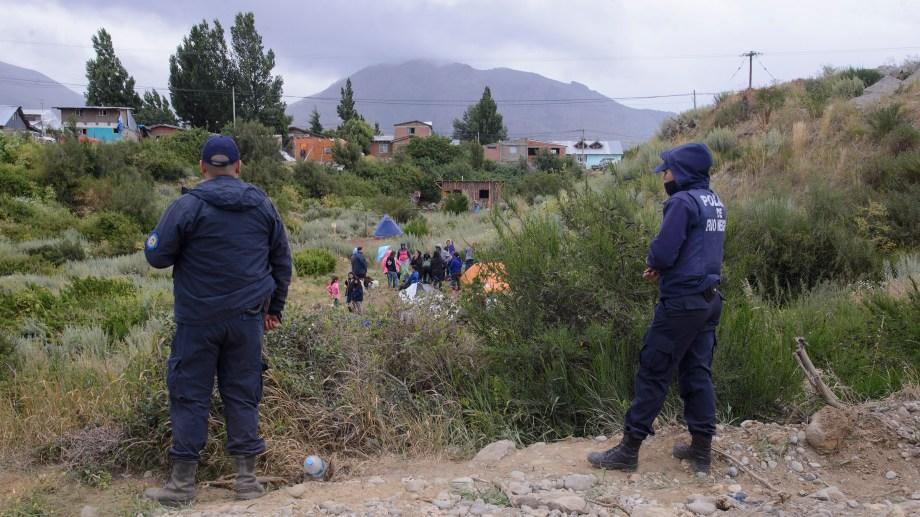 La ocupación de terrenos fiscales en el barrio Omega. Foto: Marcelo Martinez