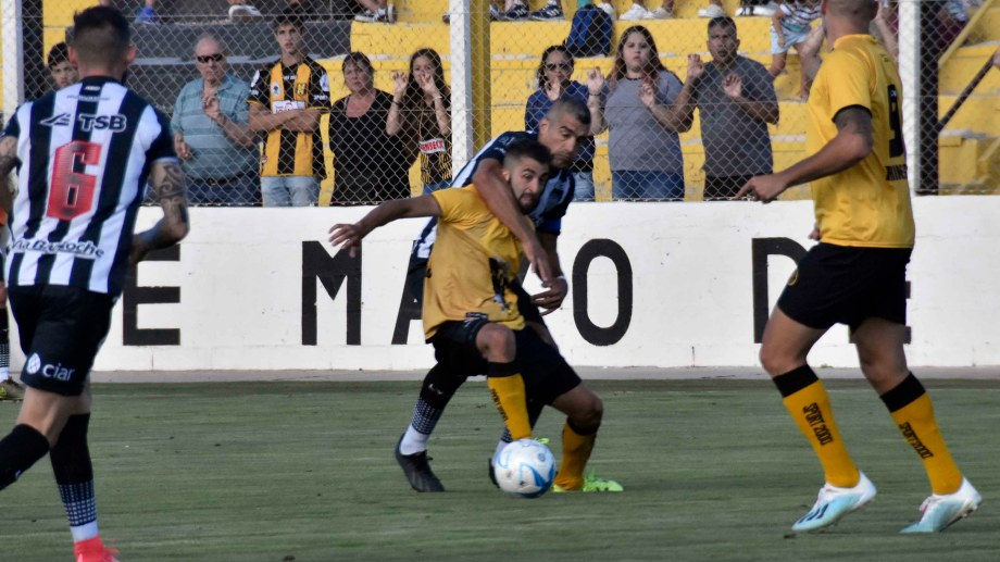 Berra hizo el gol y se perderá la próxima fecha por cinco amarillas. (Foto: Gentileza Diario Jornada)