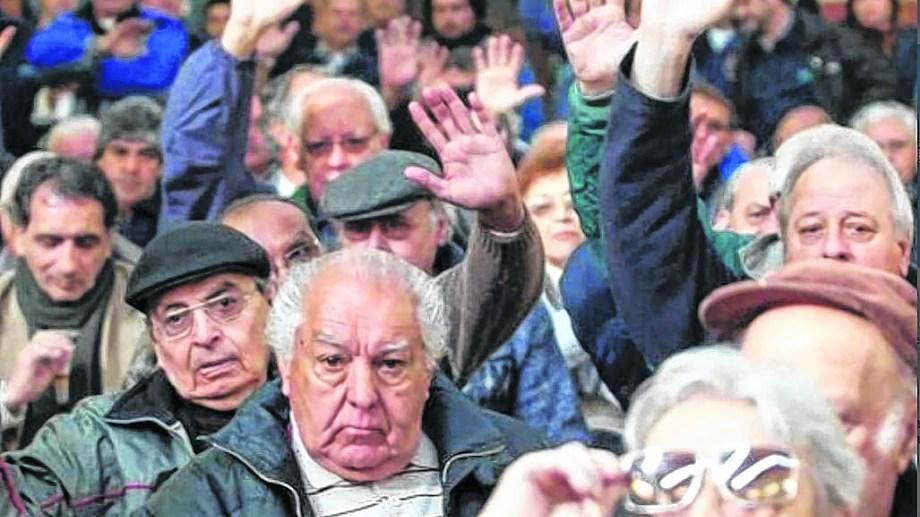 Jubilados. El amparo tiene la adhesión de 7.000 jubilados de Buenos Aires, Córdoba, Rosario, Mendoza y Comodoro Rivadavia
