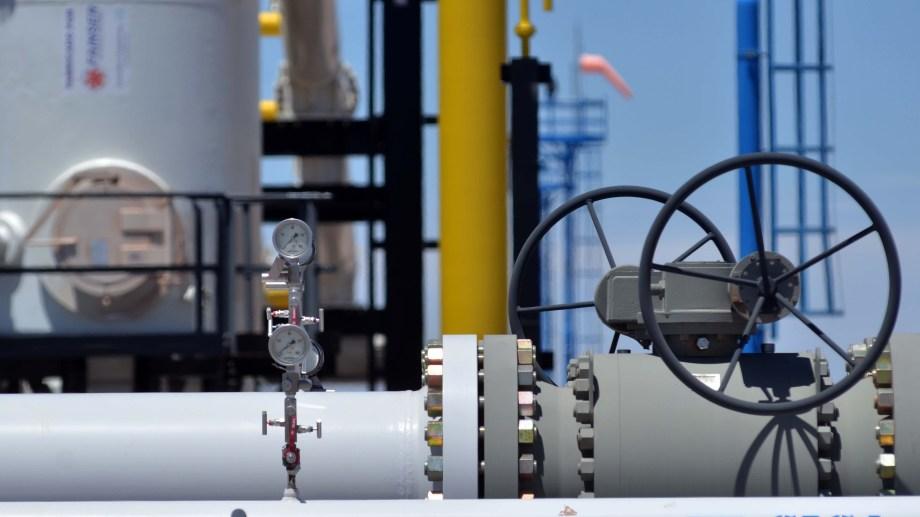 Desde la cámara de empresas productoras se pidió al ministro Guzmán que interceda dado que aseguran que no pueden seguir financiando el gas a las distribuidoras.