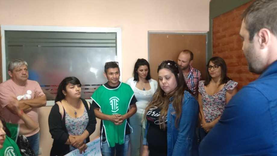 Con una protesta del gremio ATE y varios anuncios de obras, Mariano Lavin inició las sesiones ordinarias en el Deliberante. (Foto: Gentileza)