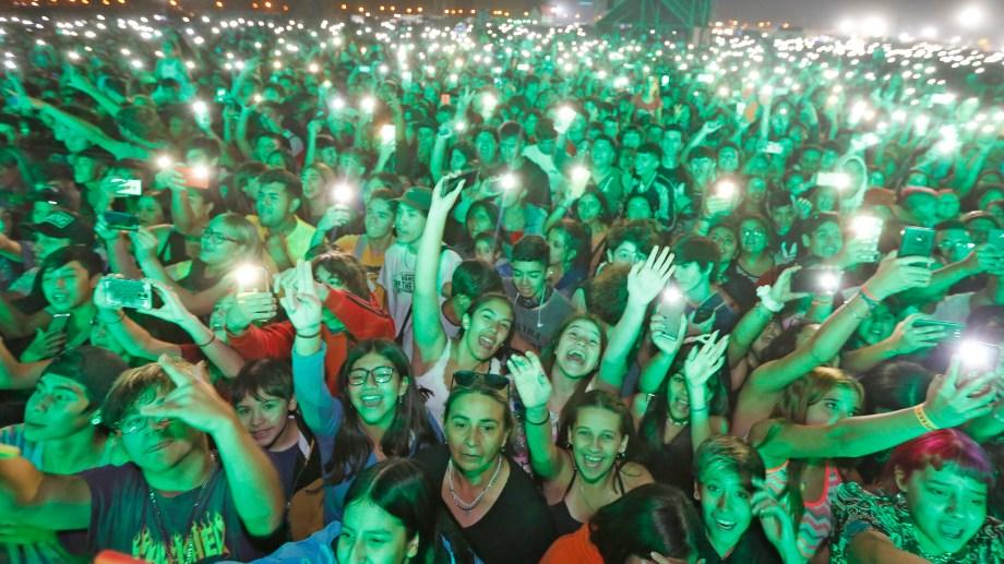 La Fiesta de la Confluencia tuvo ayer a Femina, Cazzu y Duki entre los shows principales. (Juan Thomes).-