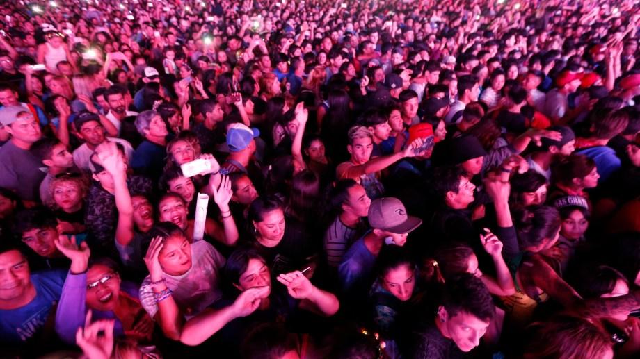 El público colmó las cuatro noches de la Fiesta de la Confluencia. (Juan Thomes).-