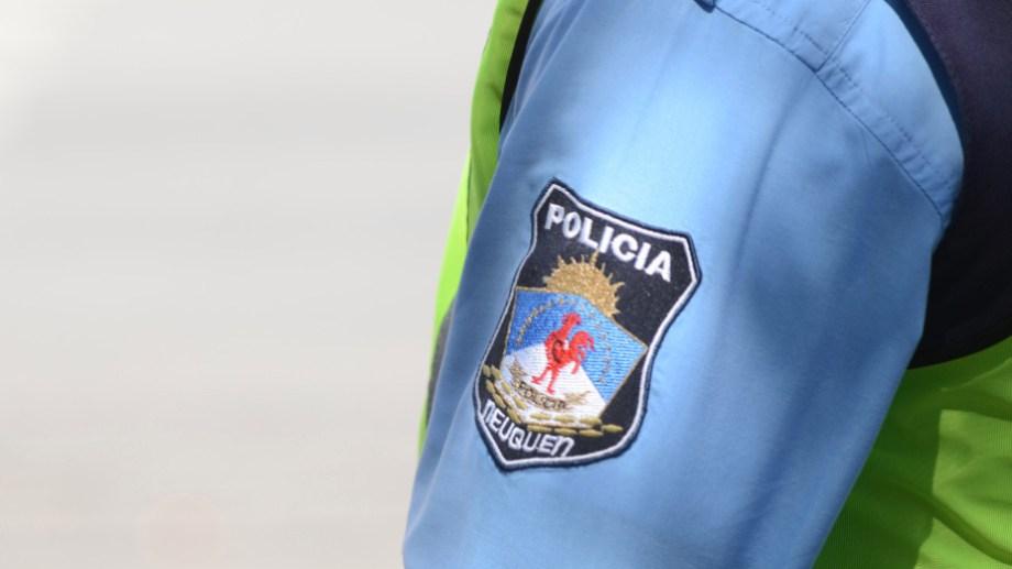 La Policía de Neuquén atrapó en Cinco Saltos al prófugo por el homicidio del barrio Confluencia. (Foto: Juan Thomes).