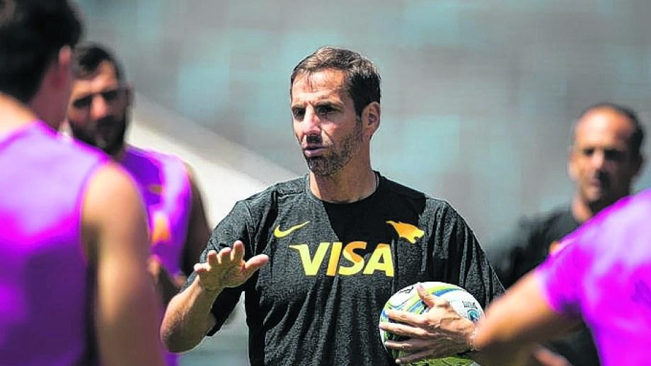 Gonzalo Quesada hará nueve cambios para el choque de hoy.