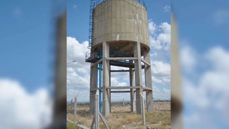 El tanque de agua del barrio Bella Vista. Foto: Gentileza