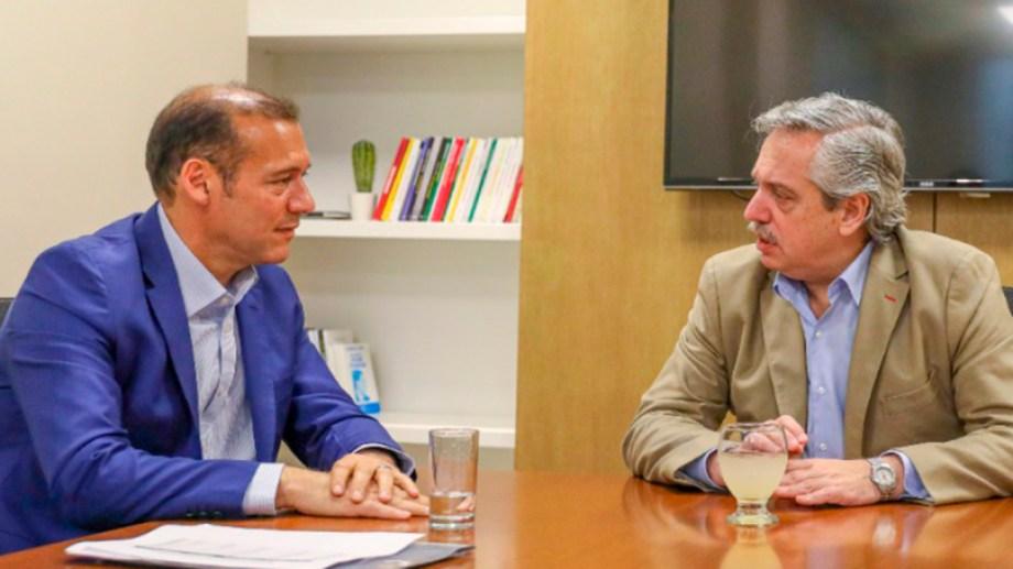 El gobernador de Neuquén, Omar Gutiérrez, recibió en Neuquén a los directivos de Shell, ExxonMobil y Chevron.