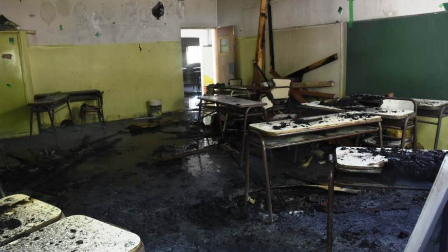 El incendio se habría iniciado por un cortocircuito, aunque debe ser confirmado por los peritos. (Juan Thomes).-