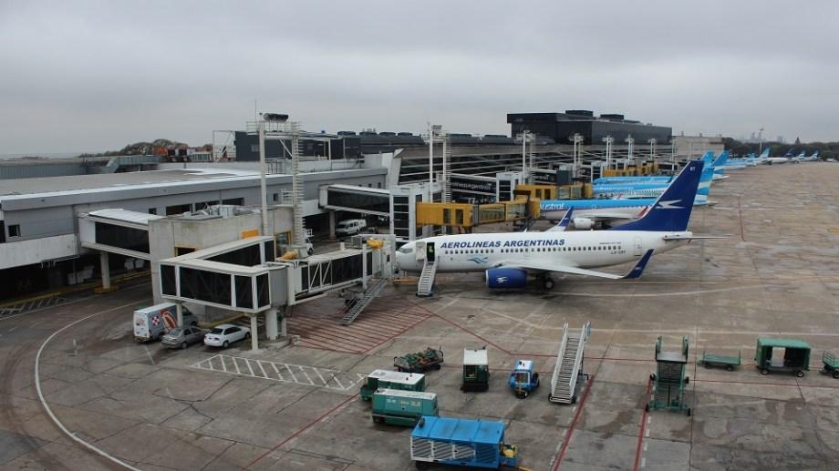 Hasta el momento, el aeropuerto sólo operaba con vuelos de cabotaje para vuelos y hacia los destinos uruguayos de Punta del Este y Montevideo.