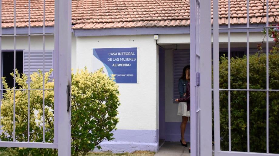 La casa de las mujeres funciona en El Ceibo 426, de lunes a viernes de 8 a 18, y hay guardias permanentes los fines de semana. (Florencia Salto).-