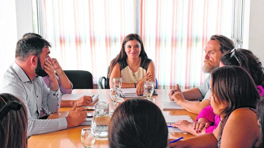 En el encuentro anterior debutó como representante del Ejecutivo la ministra de Gobierno,Vanina Merlo.