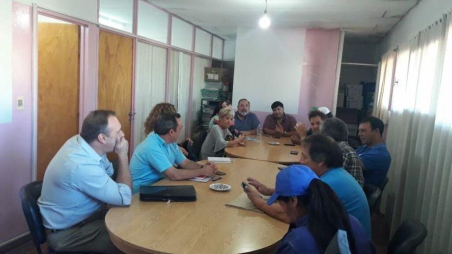 El sindicato convocó a asamblea y presentará una contrapropuesta al gobierno municipal. Foto: gentileza prensa ATE.-