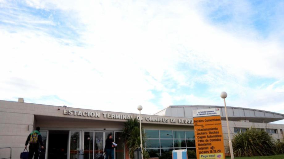 El gerente de Parada Liniers, concesionaria de la terminal, aseguró que la pasajera murió a las 9.25. Foto archivo.