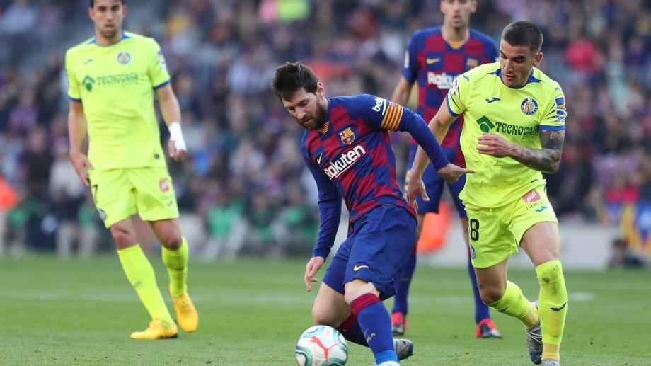Messi fue clave en el primer gol del Barcelona.