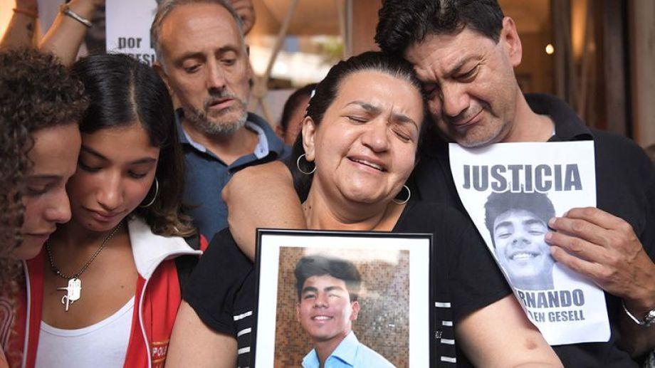 La familia de Fernando Báez Sosa encabeza el reclamo por justicia para el joven, asesinado a la salida de un boliche en Gesell. Foto: Archivo.-