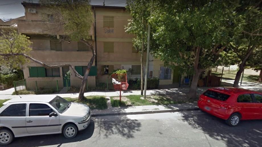 Chofer de una mueblería de Cipolletti robó un sillón de 70 mil pesos y lo atraparon. (Foto: Google)