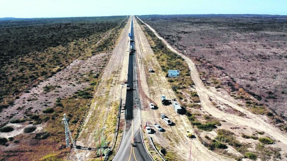 La ruta provincial N° 2 tiene un avance del 90 por ciento. Mejorará la circulación para el turismo hacia Las Grutas pero también para actividades económicas.