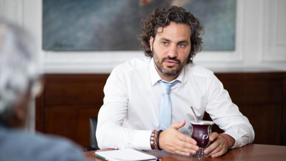El presidente Alberto Fernández no viajó a Bariloche y el acto protocolar estará encabezado por el Jefe de Gabinete, Santiago Cafiero y la gobernador Carreras.