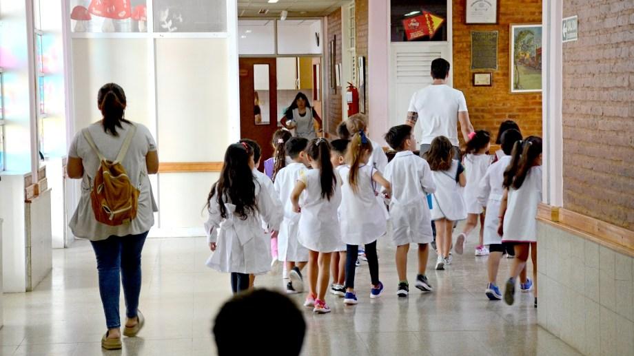Tras el paro docente hoy podrán empezar las clases en Neuquén. (Archivo Mauro Pérez).-