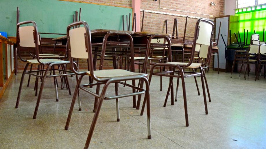 Entre el faltante de personal y los problemas edilicios pocas escuelas retomaron las clases presenciales en Neuquén. (Foto: archivo)