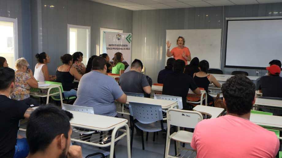 En este primer cuatrimestre habrá 11 talleres, con alumnos que vienen desde numerosas localidades.